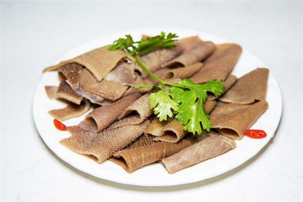 蕾俠牛肉鮮鍋菜