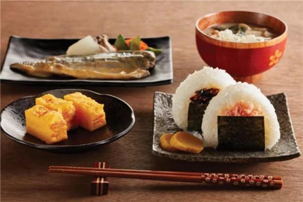 竹若金枪鱼日本料理特色