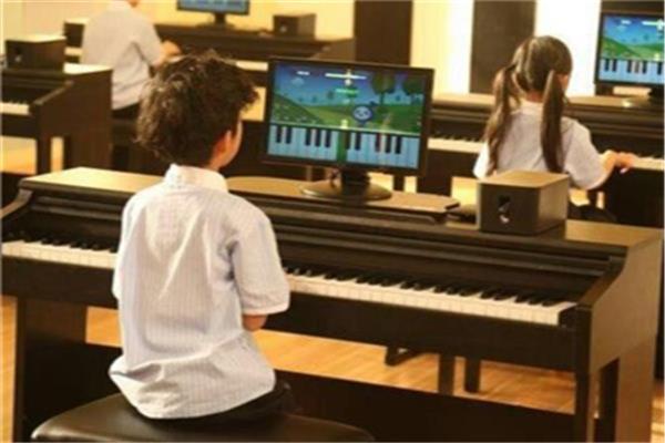 朗朗学钢琴学习