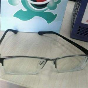 博視眼睛眼鏡