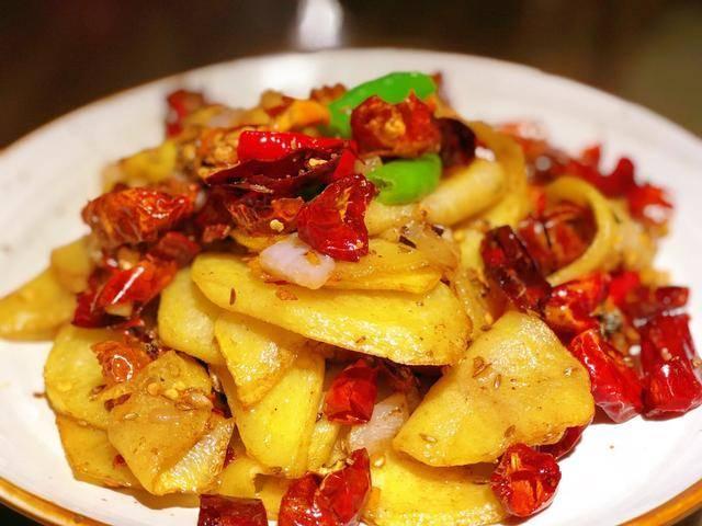 麻辣孜然干锅土豆片