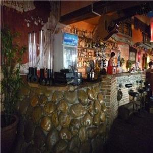海倫斯小酒館