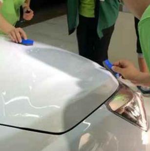 車語汽車美容擦洗