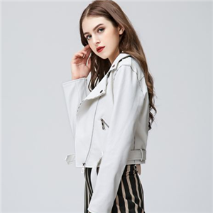 歐玥服飾白色外套