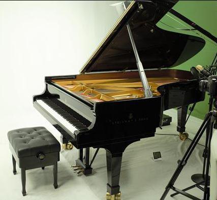 于斯智能钢琴