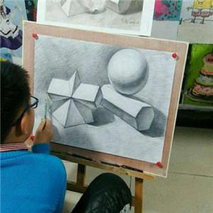 小央美画室圆球