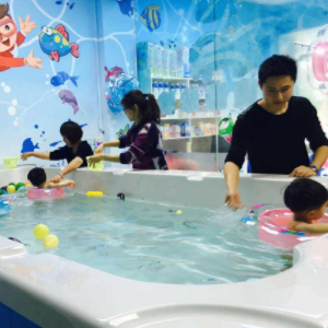 33度嬰兒游泳館加盟