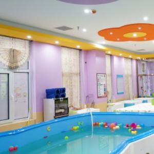 33度嬰兒游泳館健康