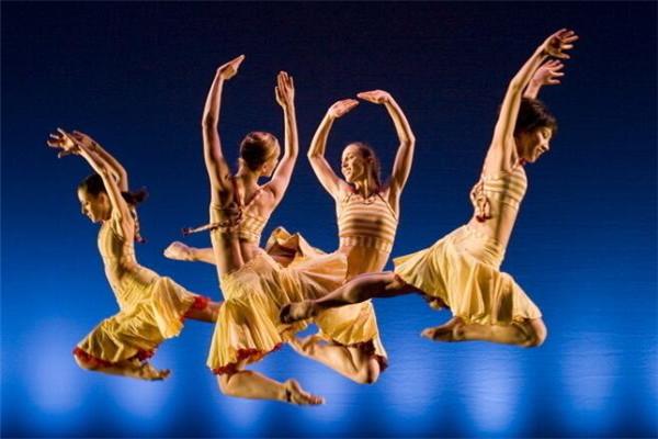 希雅舞蹈加盟