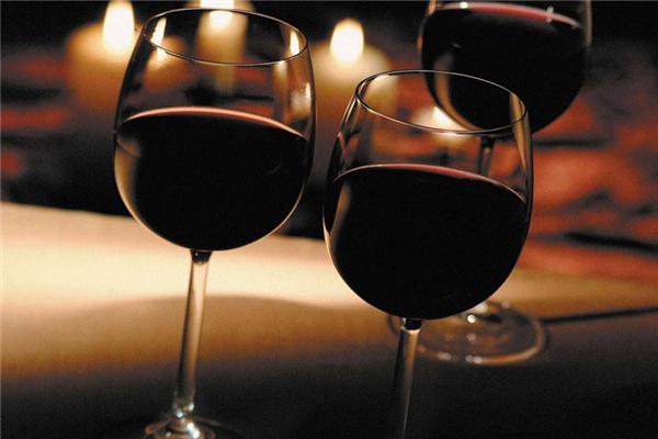 布蘭維爾紅酒杯子