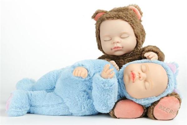 比伯娃娃可爱