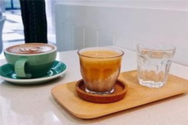 DAILYBREW奶茶