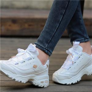 斯凯奇女鞋白色