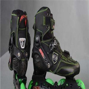 派樂迪輪滑鞋