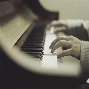 鉑聲鋼琴培訓兩個