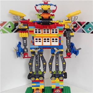 创乐机器人站着