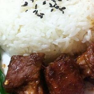 匯輝豉油排骨飯美味