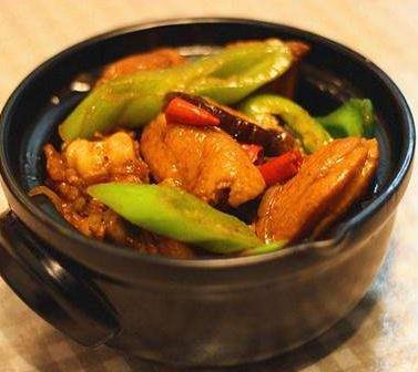 兰姐鸡煲地道广州味雷竞技最新版