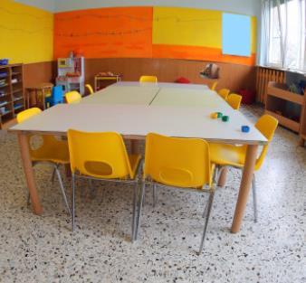 橙子幼兒園小課桌