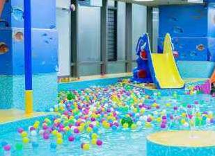 藍泡泡水上樂園