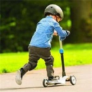 贝世康儿童滑板车
