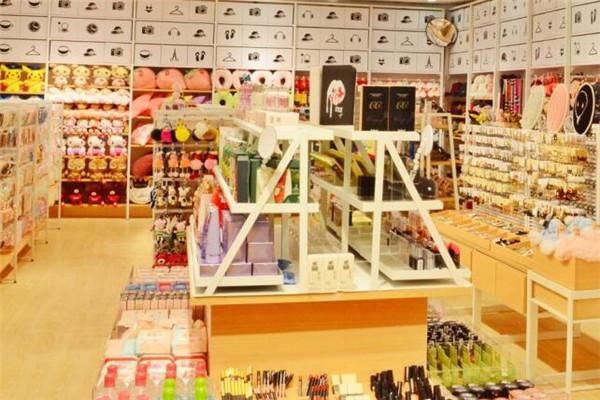 ONEZONE生活时尚百货店面