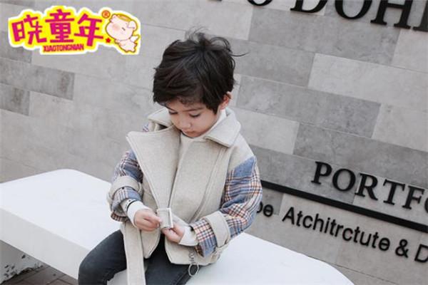 晓童年童装外套