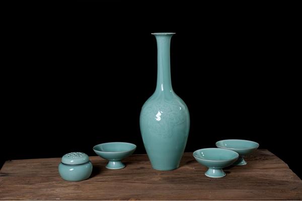 龍泉青瓷壺