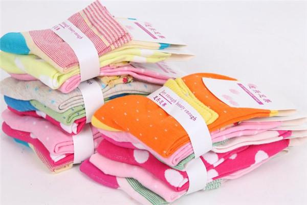 三足襪業超市產品