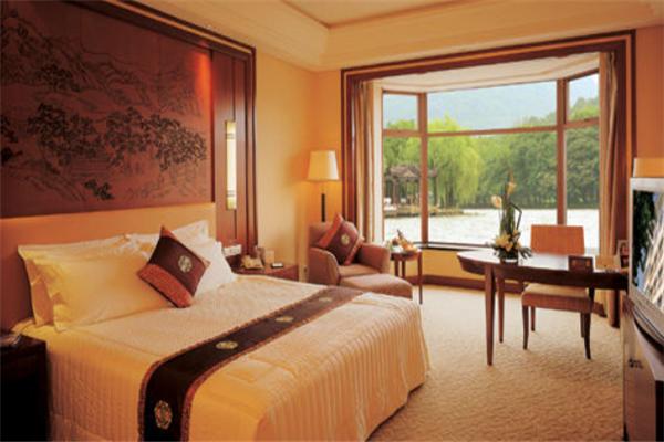 湖景大酒店特色