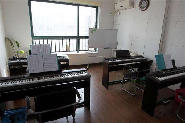 鉑聲鋼琴培訓椅子