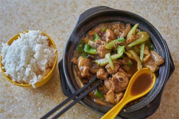 兰姐鸡煲地道广州味快餐