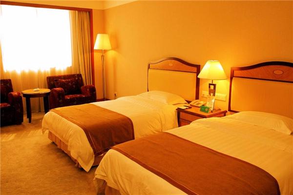 新港国际大酒店招牌