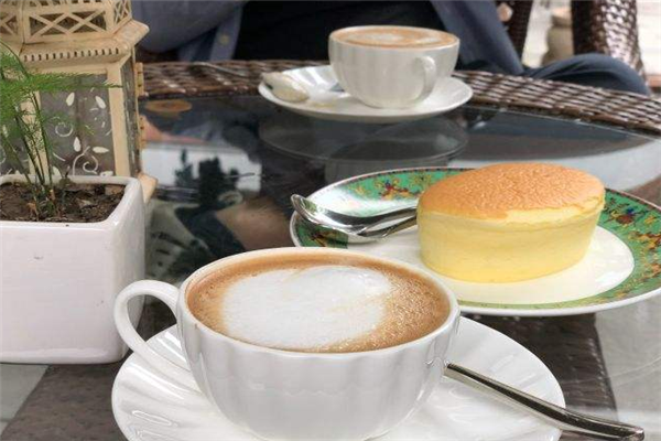 馨園咖啡廳盤子
