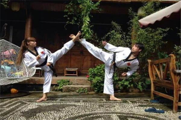 双勇跆拳道品牌