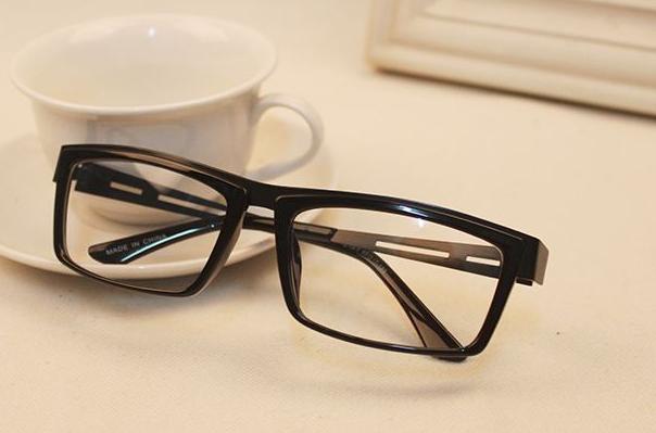 哦哦眼鏡加盟