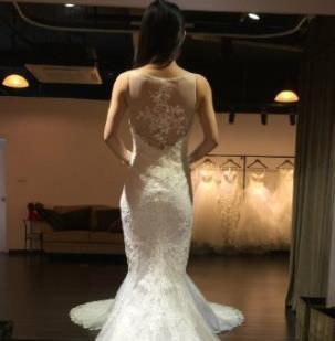 LaMoon婚纱加盟