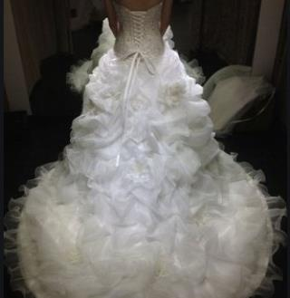 LaMoon婚纱羽毛