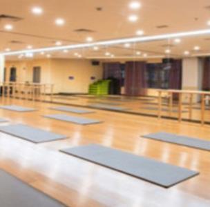 佳格思堡地板瑜伽馆