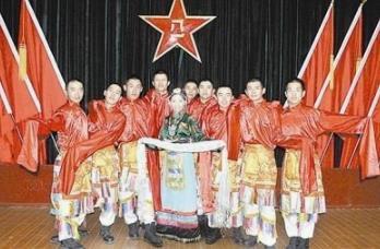 卓玛舞蹈表演