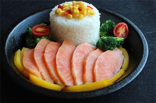 西里巷生魚片