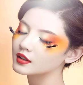 美之匠化妆学校自然