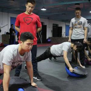 鹿晨輝夢想健身學院方便