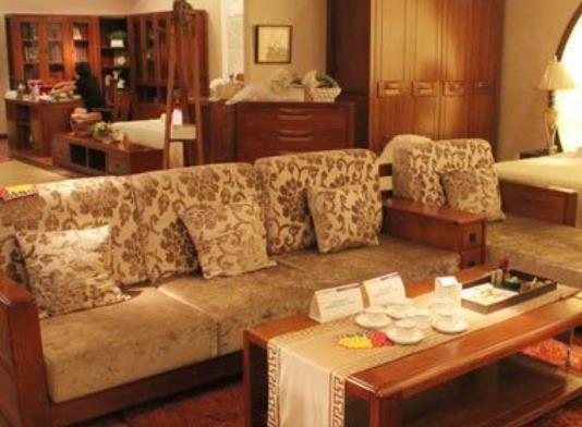 意利达实木家具沙发