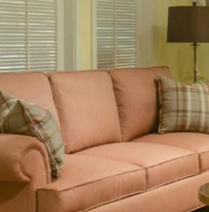 美式布艺沙发少女