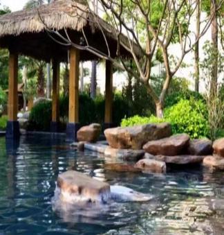 黎香湖虔隐度假村温泉