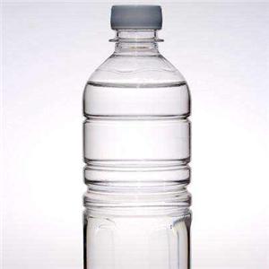 月池矿泉水一瓶