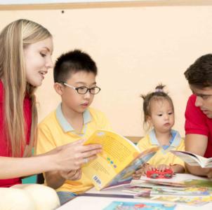 新梦想英语培训学校外教