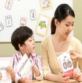 启思顿国际幼儿园外语