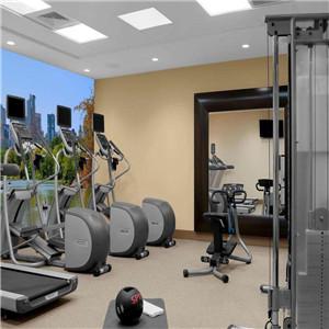 時代健身房